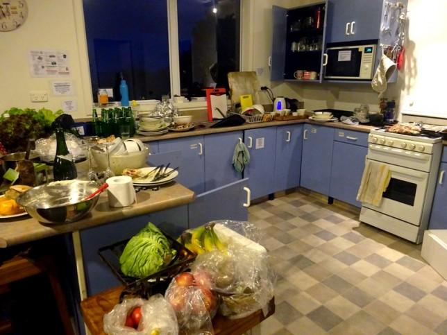 L'état dans lequel on a laissé la cuisine...
