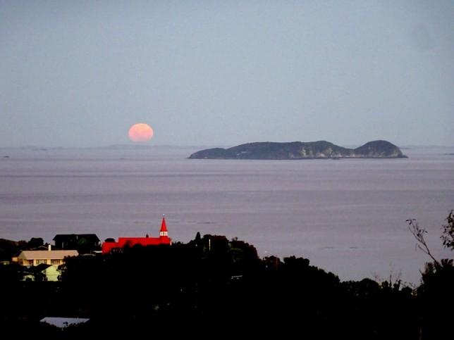 Lever de lune incroyable...